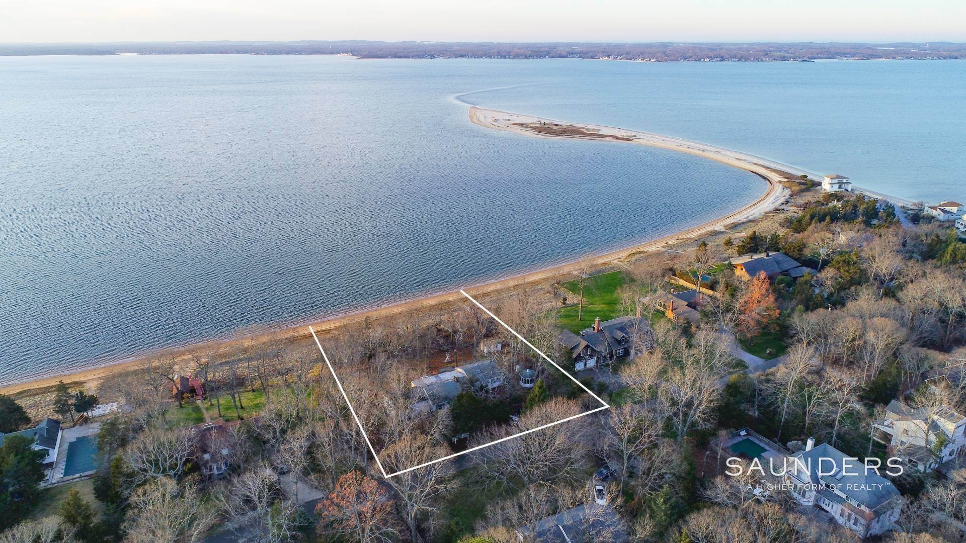 3. Single Family Homes for Sale at Red Cedar Point Waterfront 10 North Shore Road, Hampton Bays, Southampton Town, NY 11946