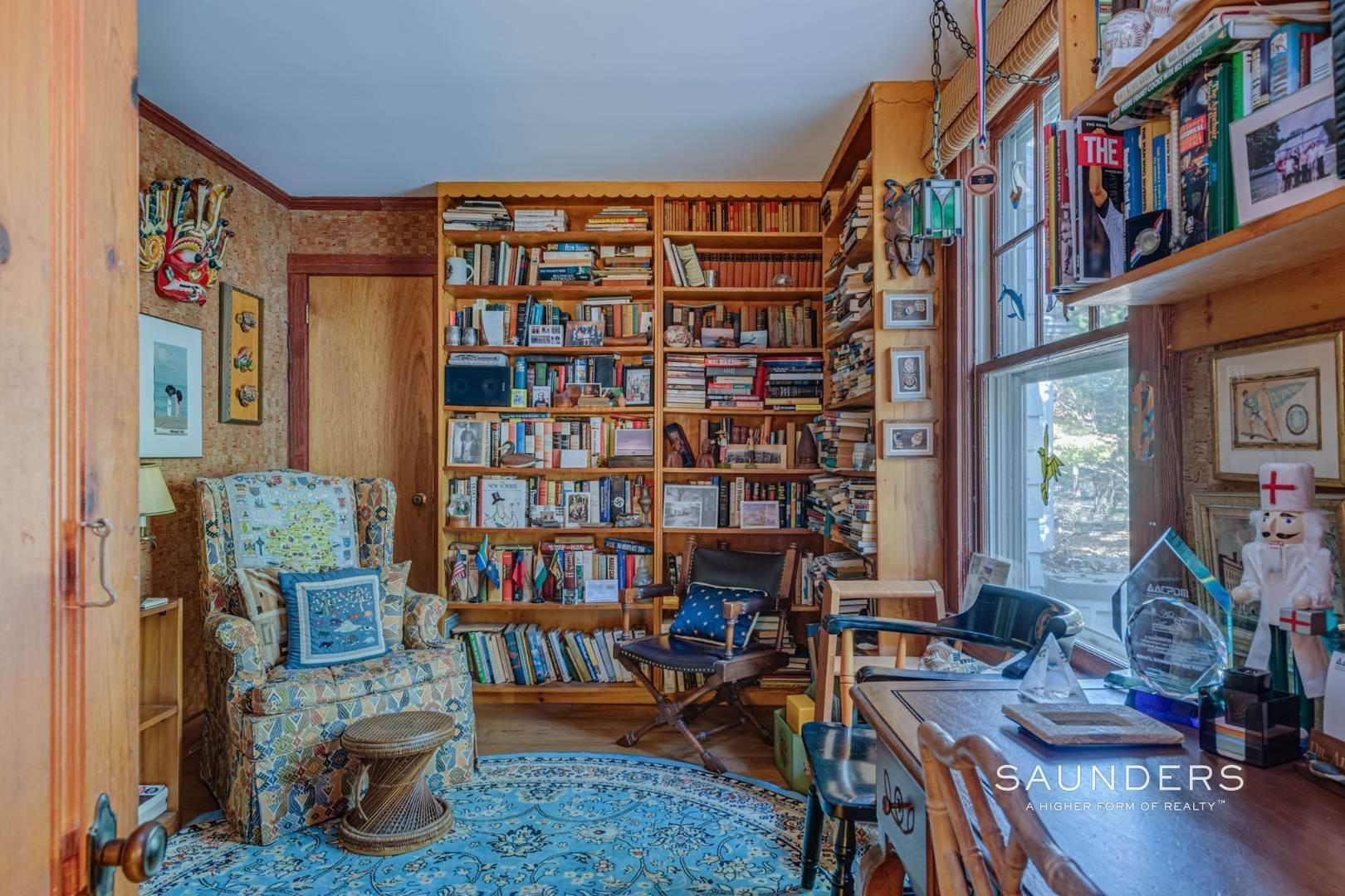 13. Single Family Homes for Sale at Red Cedar Point Waterfront 10 North Shore Road, Hampton Bays, Southampton Town, NY 11946