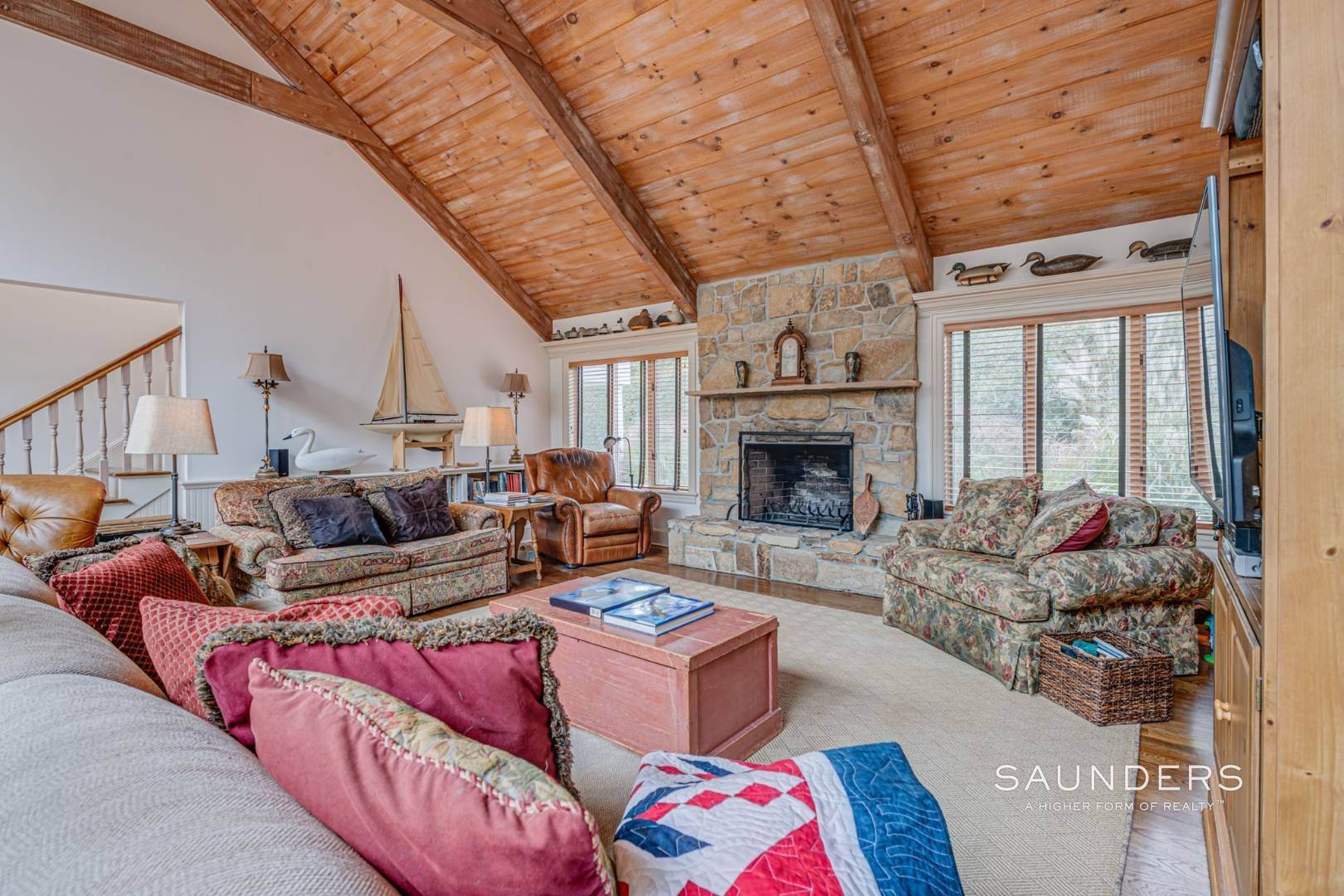 6. Single Family Homes for Sale at Prime 2.8 Acres In Sagaponack Village W/ Barn & Room For Tennis 44 Greenleaf Lane, Sagaponack Village, Southampton Town, NY 11962