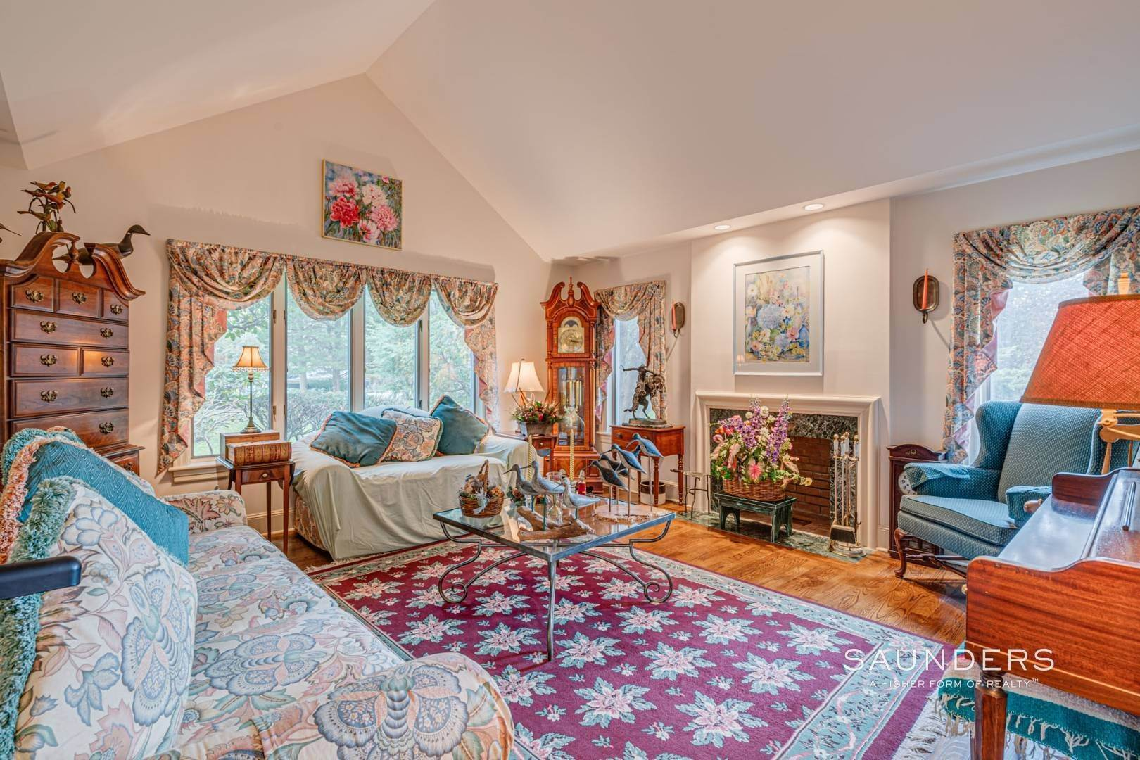 12. Single Family Homes for Sale at Prime 2.8 Acres In Sagaponack Village W/ Barn & Room For Tennis 44 Greenleaf Lane, Sagaponack Village, Southampton Town, NY 11962