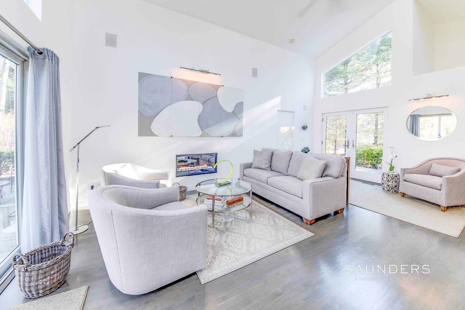 7. Single Family Homes for Sale at Artful East Hampton Postmodern 116 Sycamore Drive, East Hampton, East Hampton Town, NY 11937
