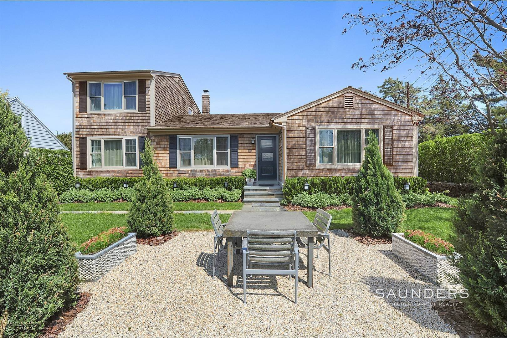 Single Family Homes for Sale at The Pleasant House - Baypoint Waterview - Meticulously Renovated 40 Ridge Drive, Sag Harbor, Southampton Town, NY 11963