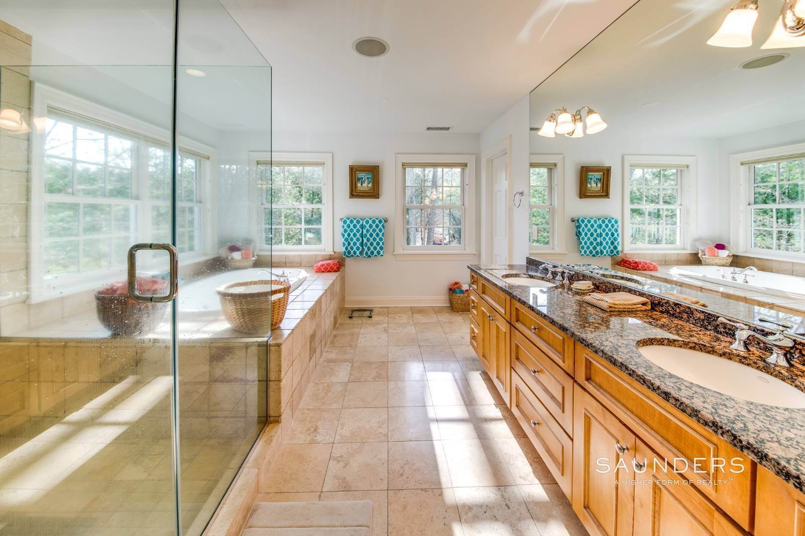 25. Single Family Homes for Sale at Builder's Own, Hamptons Traditional 33 Cedar Trails, East Hampton, East Hampton Town, NY 11937