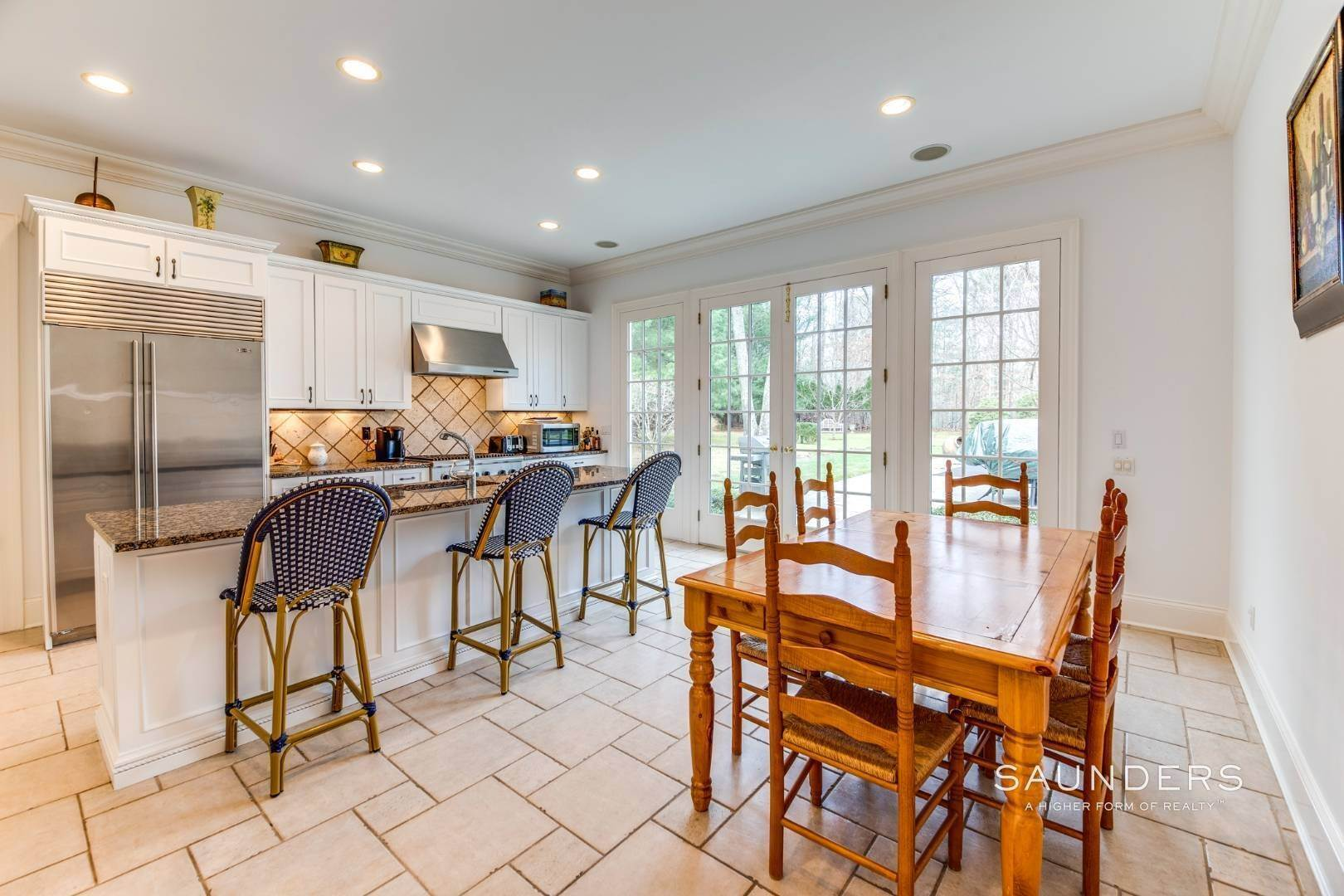 18. Single Family Homes for Sale at Builder's Own, Hamptons Traditional 33 Cedar Trails, East Hampton, East Hampton Town, NY 11937