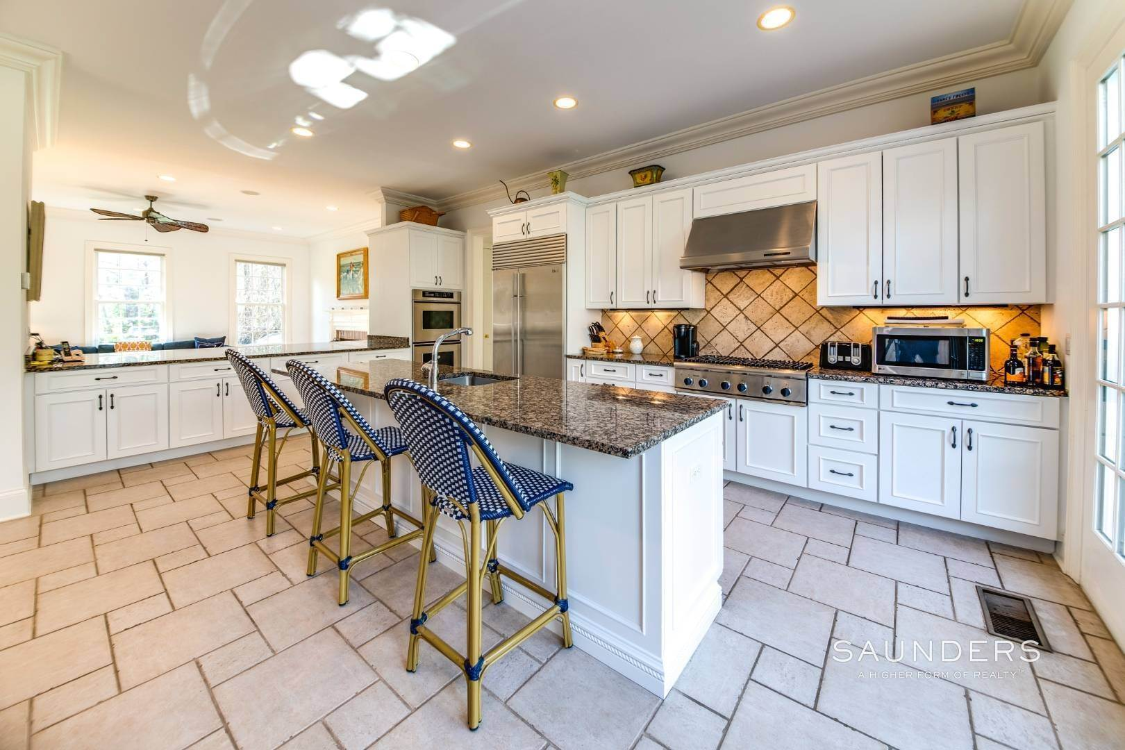 23. Single Family Homes for Sale at Builder's Own, Hamptons Traditional 33 Cedar Trails, East Hampton, East Hampton Town, NY 11937