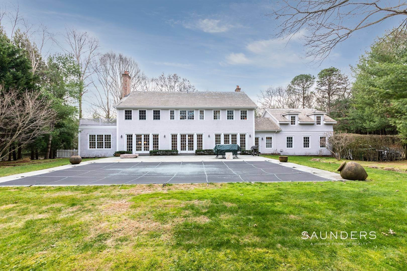 2. Single Family Homes for Sale at Builder's Own, Hamptons Traditional 33 Cedar Trails, East Hampton, East Hampton Town, NY 11937