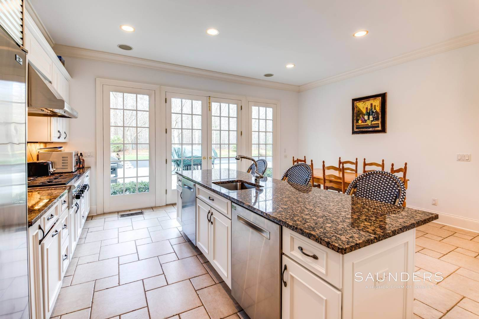 20. Single Family Homes for Sale at Builder's Own, Hamptons Traditional 33 Cedar Trails, East Hampton, East Hampton Town, NY 11937