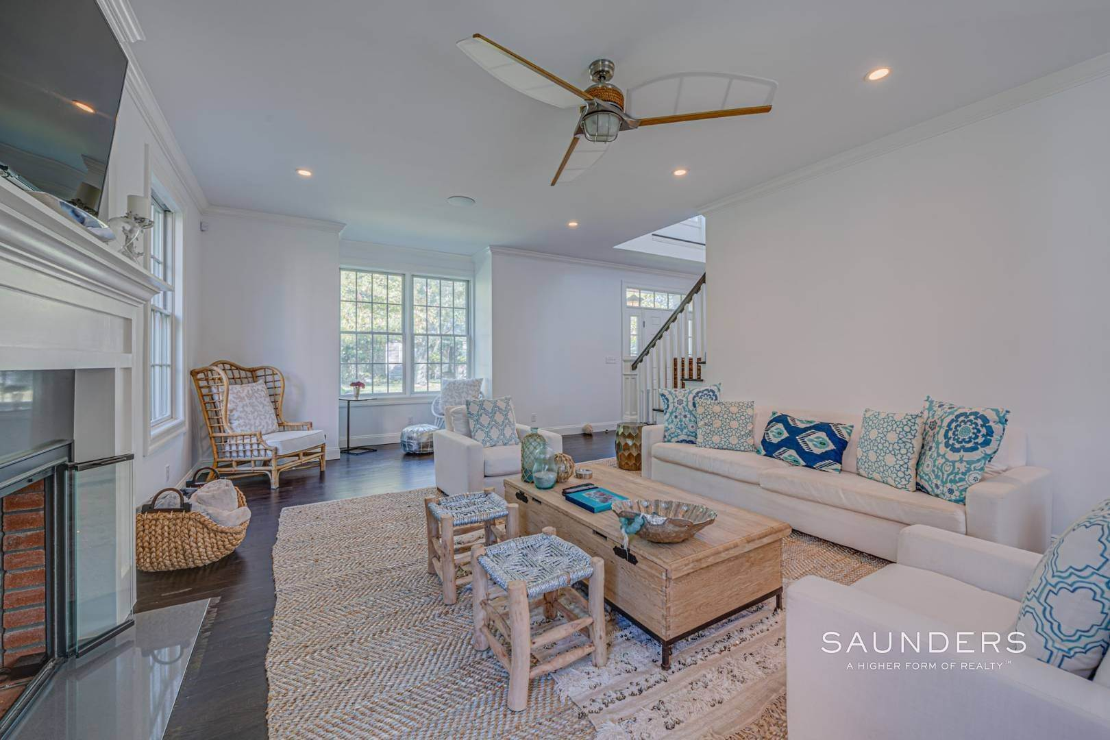 7. Single Family Homes for Sale at Southampton Village Gem 105 Henry Street, Southampton, Southampton Town, NY 11968