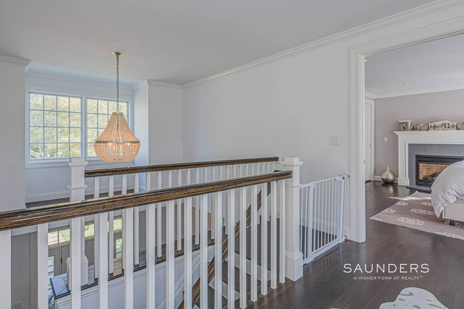 16. Single Family Homes for Sale at Southampton Village Gem 105 Henry Street, Southampton, Southampton Town, NY 11968