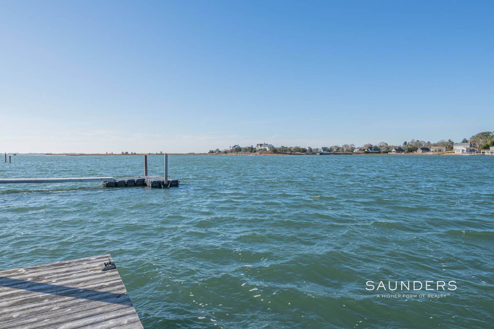 21. Single Family Homes at Attention Boaters! Waterfront Sunsets And Deep Water Dock 15 Middle Pond Lane, Southampton, Southampton Town, NY 11968