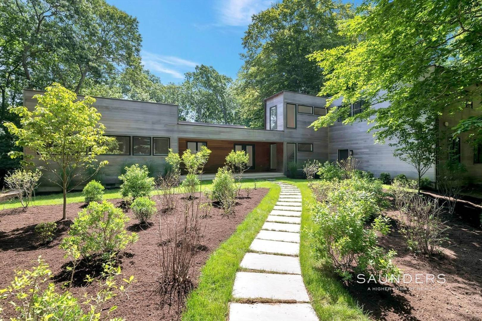 Single Family Homes at East Hampton, East Hampton Town, NY 11937