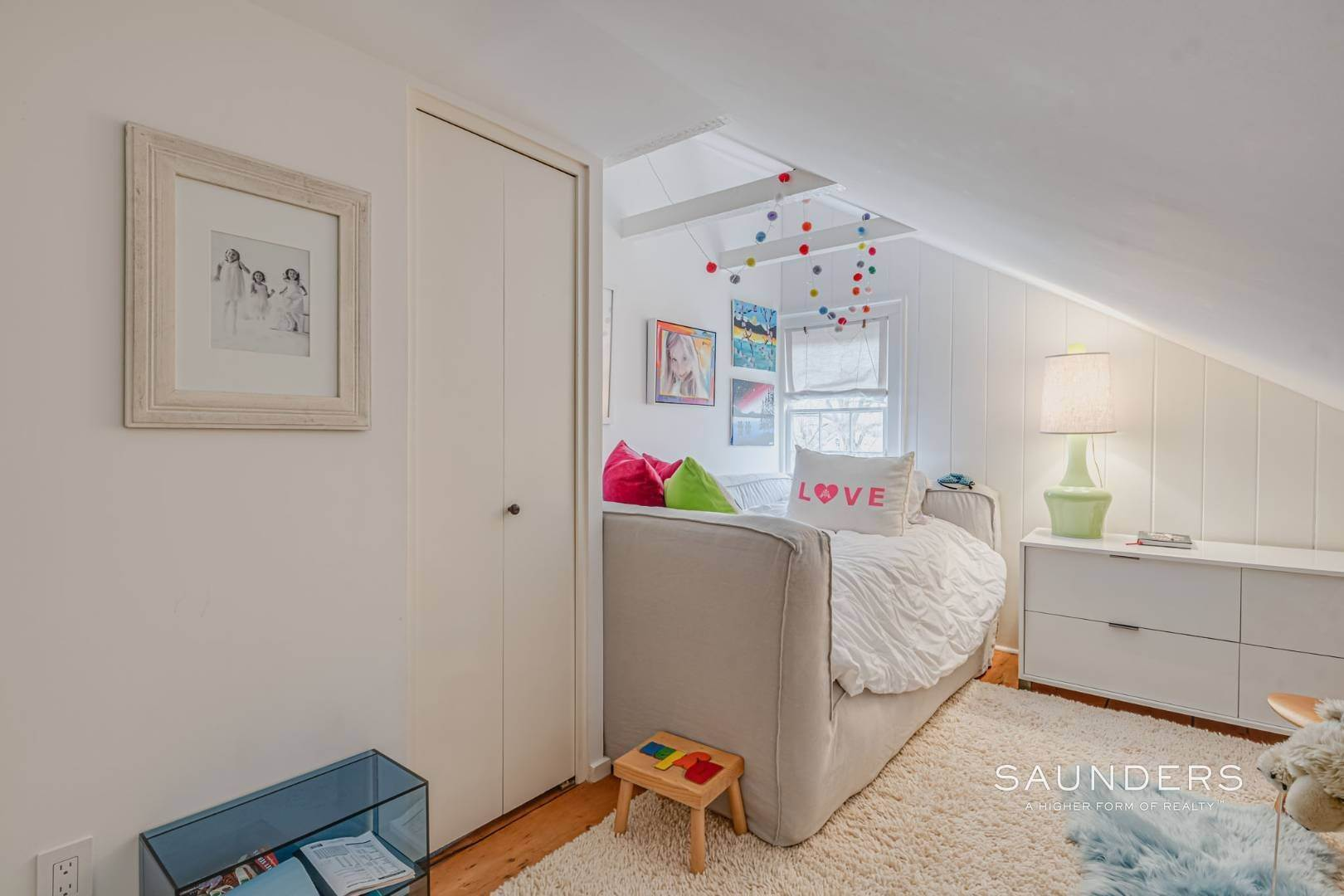 15. Single Family Homes for Sale at Sag Harbor Village Historic Renovation With Pool And Cottage 49 Rysam Street, Sag Harbor, Southampton Town, NY 11963