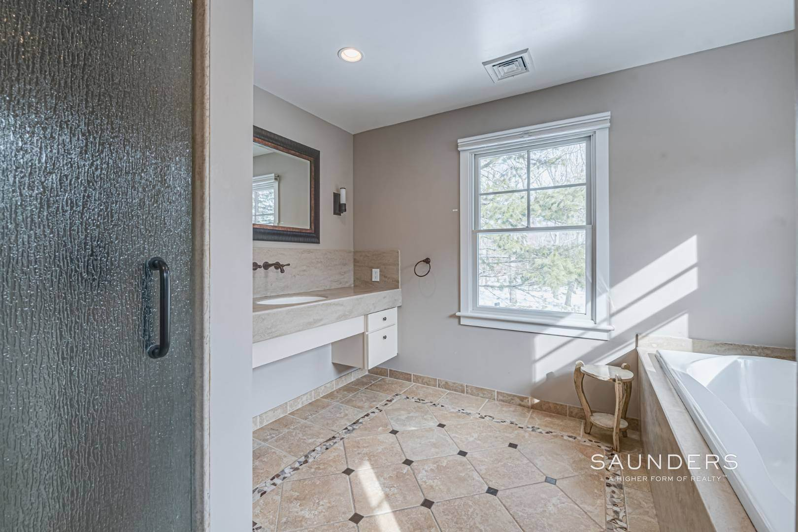 19. Single Family Homes for Sale at Modern Country Beach Vibe Turnkey In Watermill 331 Seven Ponds Towd Road, Water Mill, Southampton Town, NY 11976