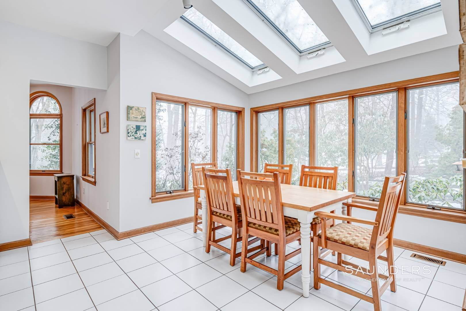 4. Single Family Homes for Sale at Sag Harbor Hamptons Retreat With Heated Pool 230 Northside Drive, Sag Harbor, Southampton Town, NY 11963