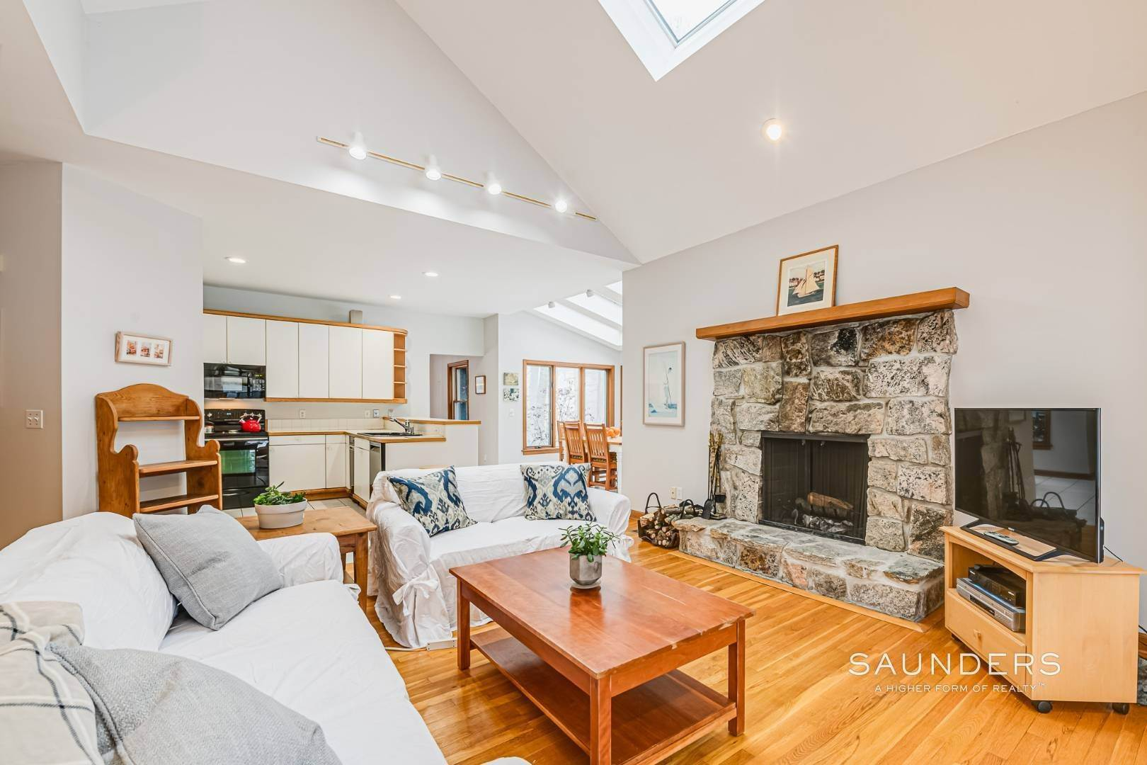2. Single Family Homes for Sale at Sag Harbor Hamptons Retreat With Heated Pool 230 Northside Drive, Sag Harbor, Southampton Town, NY 11963