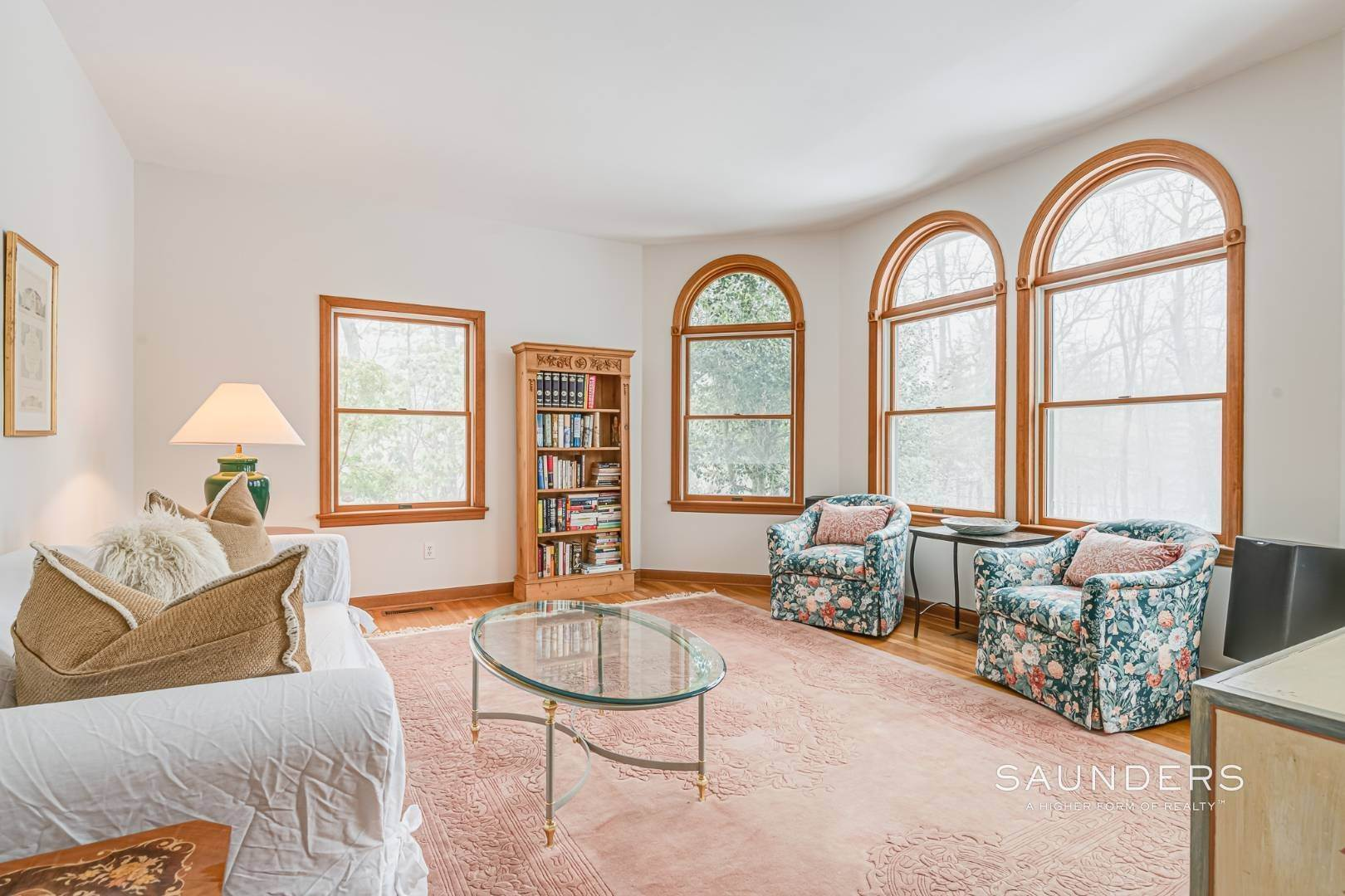 10. Single Family Homes for Sale at Sag Harbor Hamptons Retreat With Heated Pool 230 Northside Drive, Sag Harbor, Southampton Town, NY 11963