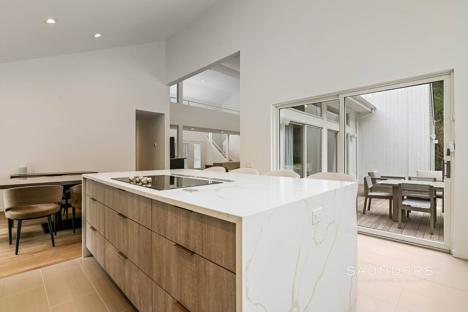 9. Single Family Homes at Chic And Stylish Newly Renovated Modern In East Hampton 6 Bull Path, East Hampton, East Hampton Town, NY 11937