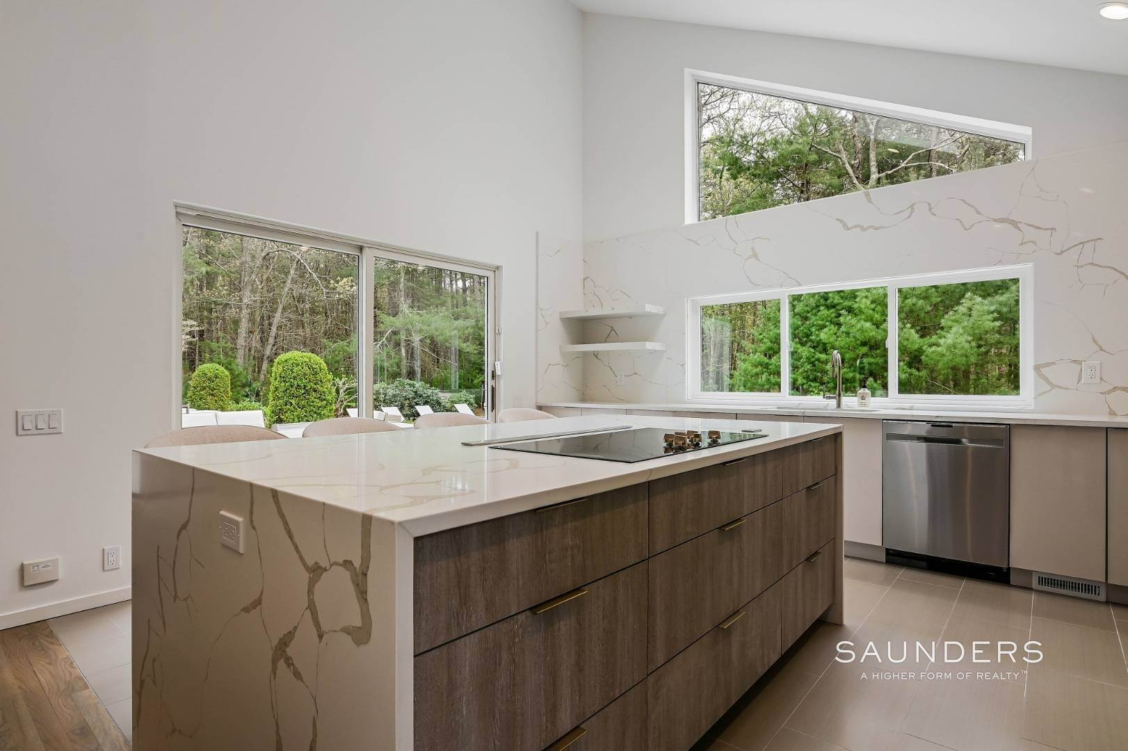 10. Single Family Homes at Chic And Stylish Newly Renovated Modern In East Hampton 6 Bull Path, East Hampton, East Hampton Town, NY 11937