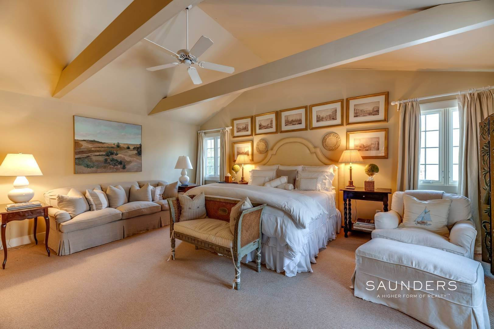 14. Single Family Homes for Sale at Expansive Sagaponack Home With Room For Pool And Tennis 788 Sagg Road, Sagaponack, Southampton Town, NY 11962