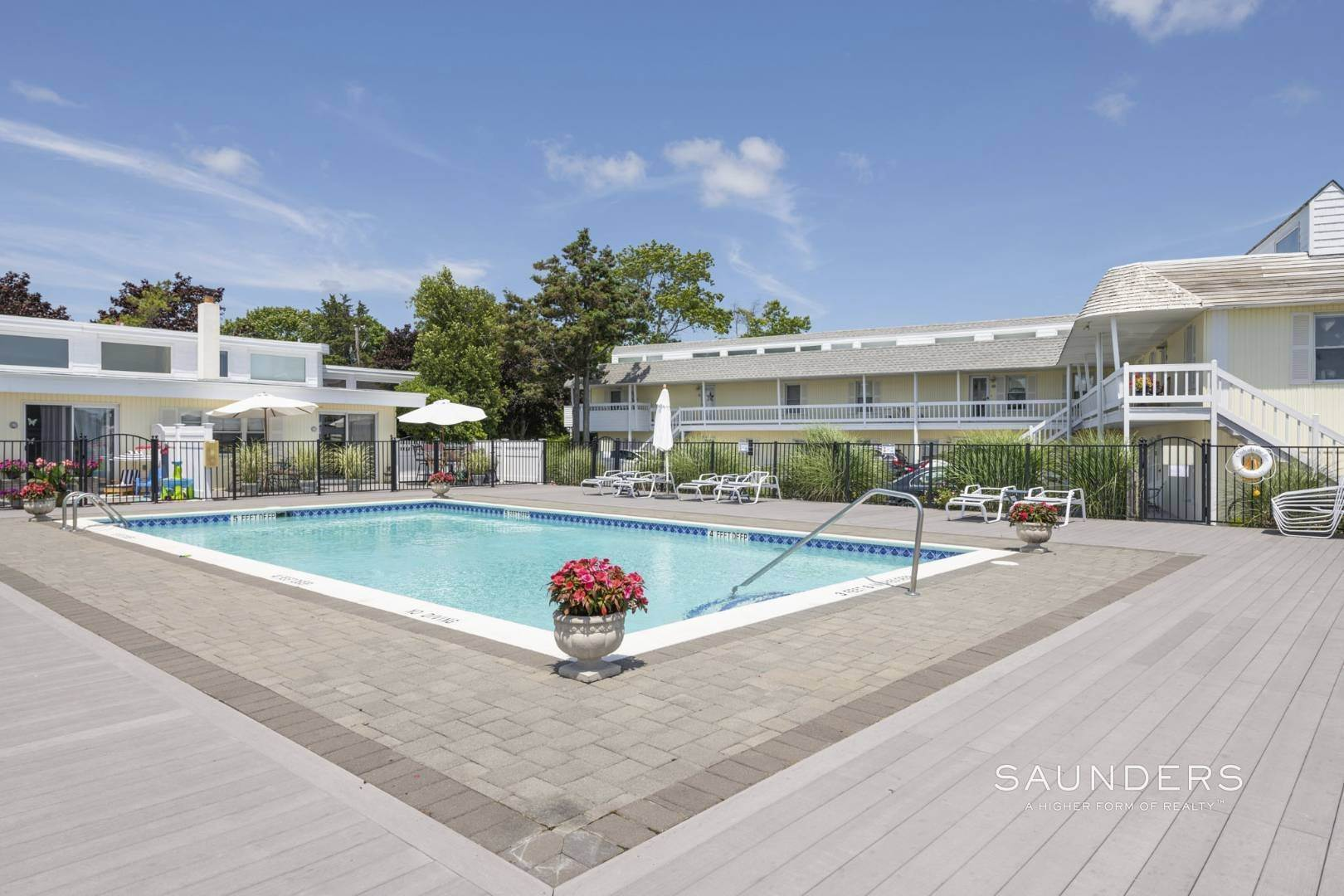 13. Co-op Properties for Sale at Boaters Dream In Prisitne Condition Comes With Deepwater Dock 30 Little Neck Road, #19, Southampton, Southampton Town, NY 11968