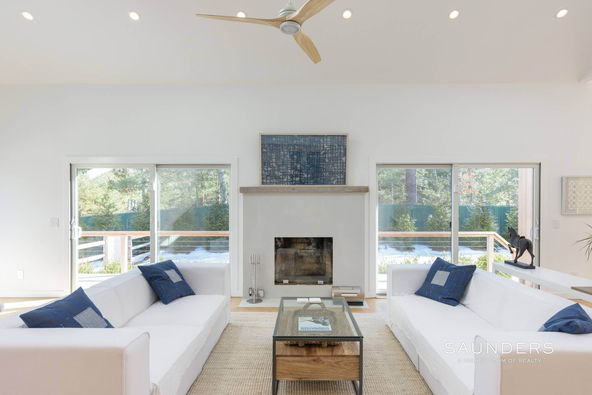 3. Single Family Homes at Chic New East Hampton Renovation With Pool East Hampton, East Hampton Town, NY 11937