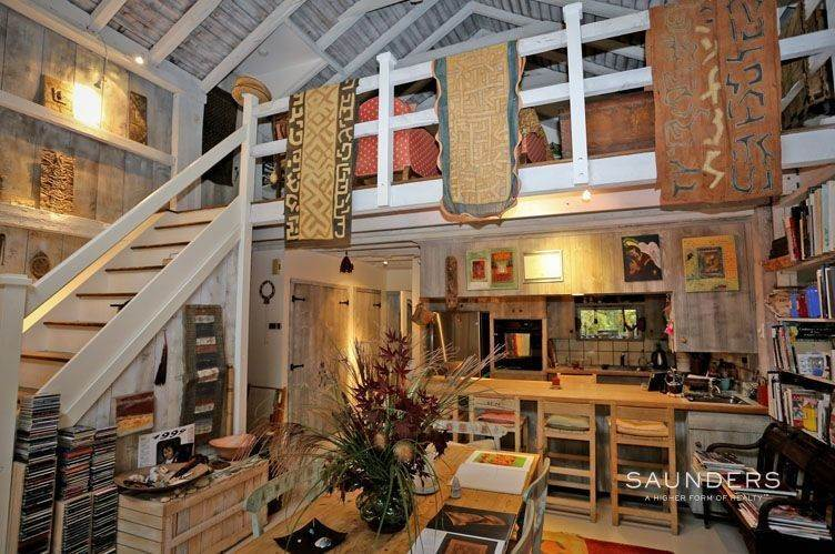 17. Single Family Homes for Sale at Unique Barn Residence And Studio Westhampton, Southampton Town, NY 11977