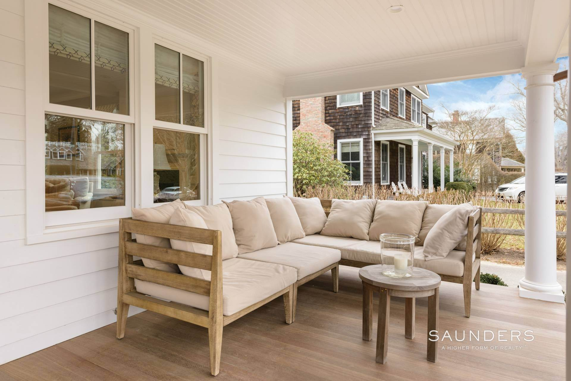 3. Single Family Homes at Modern Update In A Prime Location East Hampton, East Hampton Town, NY 11937