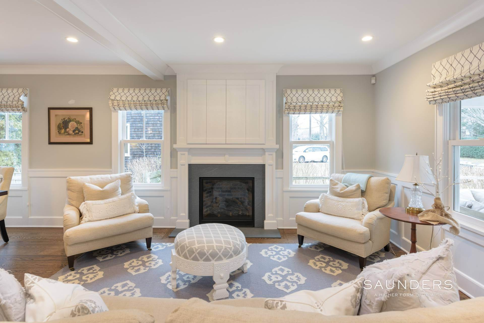13. Single Family Homes at Modern Update In A Prime Location East Hampton, East Hampton Town, NY 11937