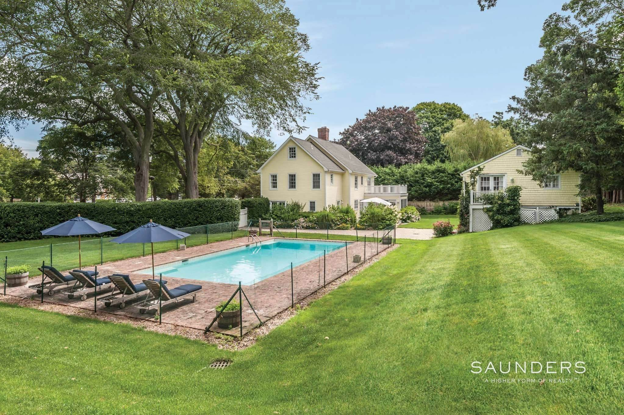 2. Single Family Homes for Sale at East Hampton Village Traditional South Of The Highway 21 Buckskill Road, East Hampton, East Hampton Town, NY 11937