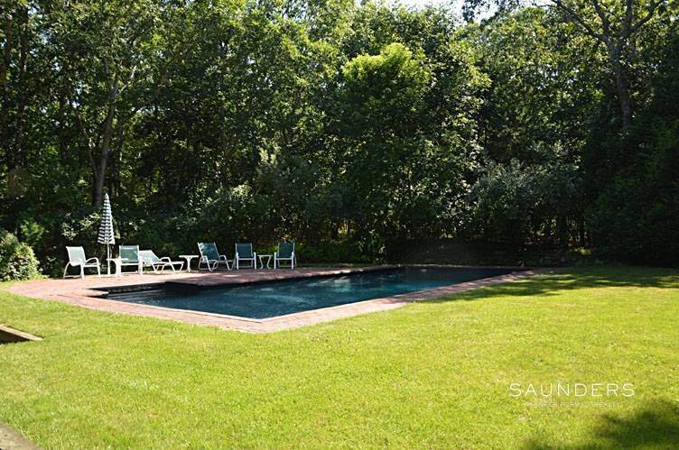 15. Single Family Homes at Water Mill North, Gunite Pool, Yard And Enclosed Patio Southampton, Southampton Town, NY 11968