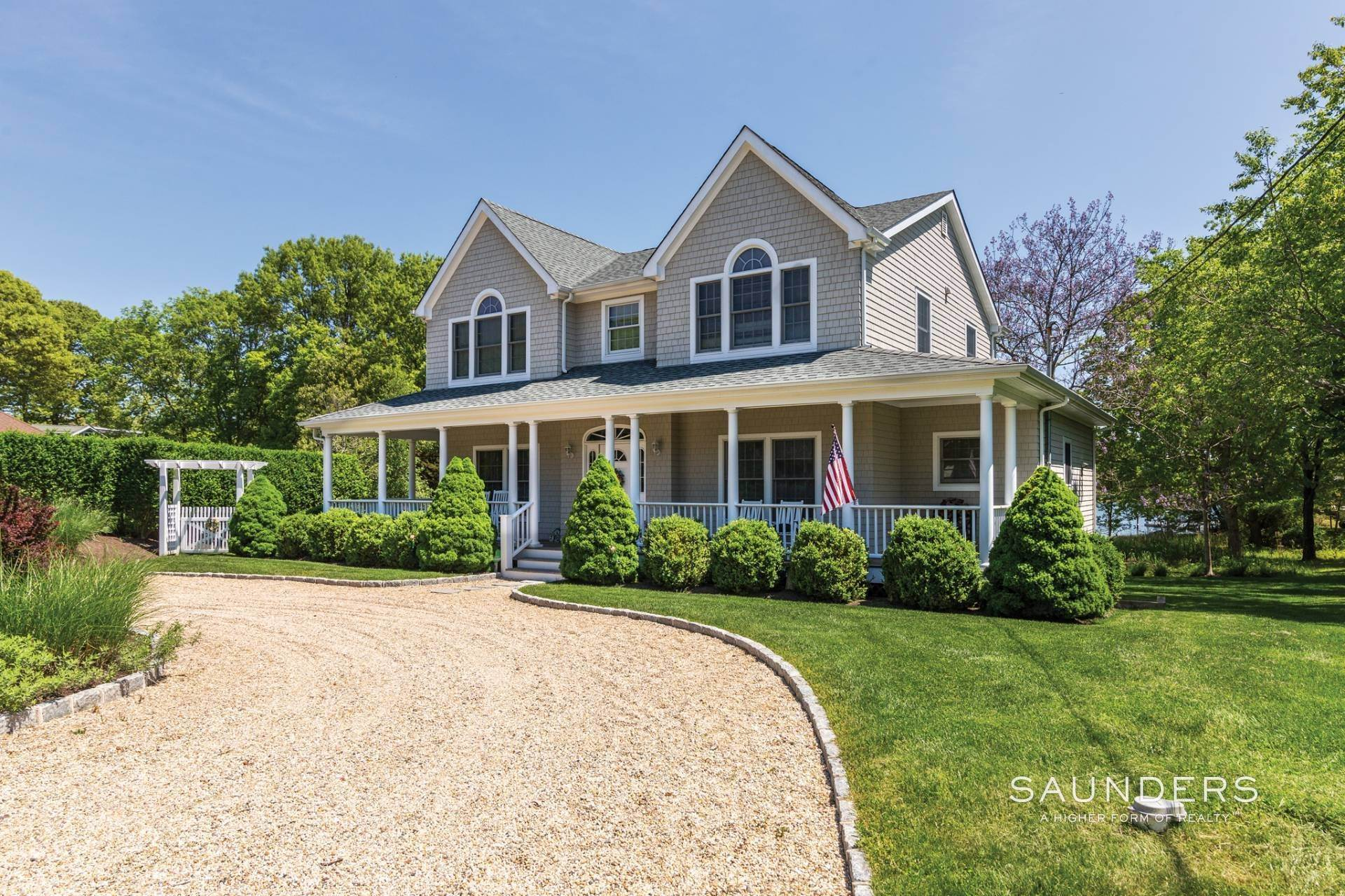 Single Family Homes at Shelter Island Creekfront With Dock And Pool Shelter Island, NY 11964