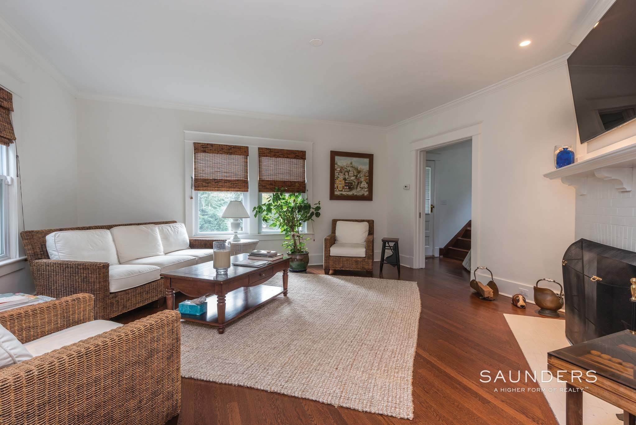 7. Single Family Homes at Southampton Village Southampton, Southampton Town, NY 11968