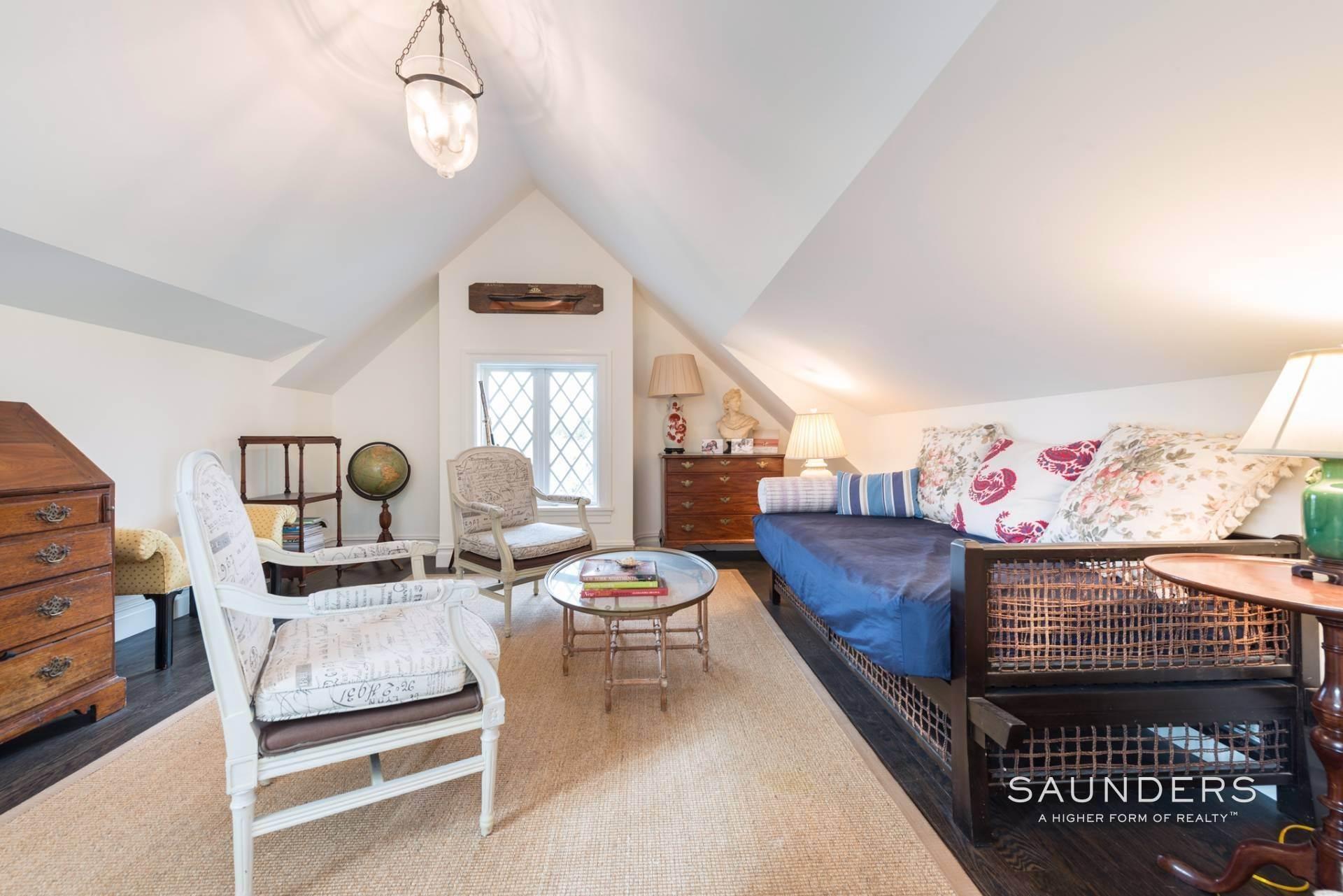 19. Single Family Homes at Southampton Village Masterpiece Southampton, Southampton Town, NY 11968