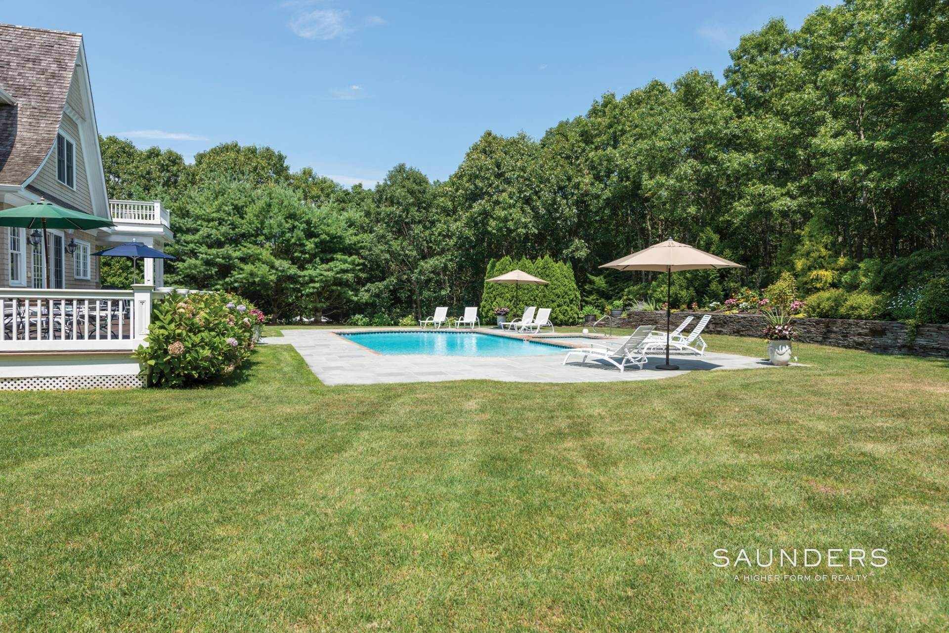 25. Single Family Homes at Beautiful Southampton Hills Traditional Southampton, Southampton Town, NY 11968