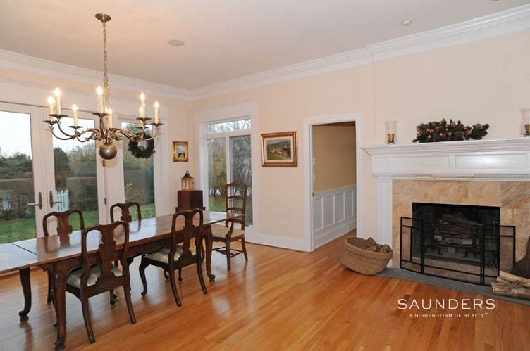 7. Single Family Homes at Southampton Village South With Estate Like Grounds- Year Rd Southampton, Southampton Town, NY 11968