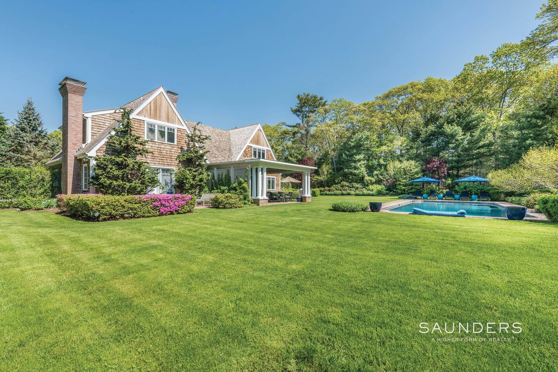 Single Family Homes at Have It All In East Hampton South 162 Cove Hollow Road, East Hampton, East Hampton Town, NY 11937