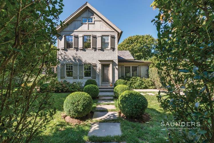2. Single Family Homes at Magnificent Newer Home Close To Village And Water Sag Harbor, Southampton Town, NY 11963