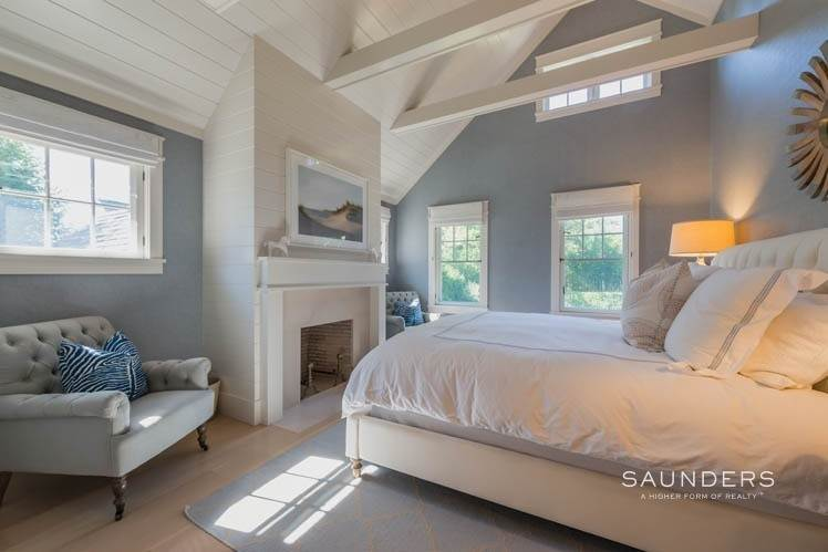 15. Single Family Homes at Magnificent Newer Home Close To Village And Water Sag Harbor, Southampton Town, NY 11963