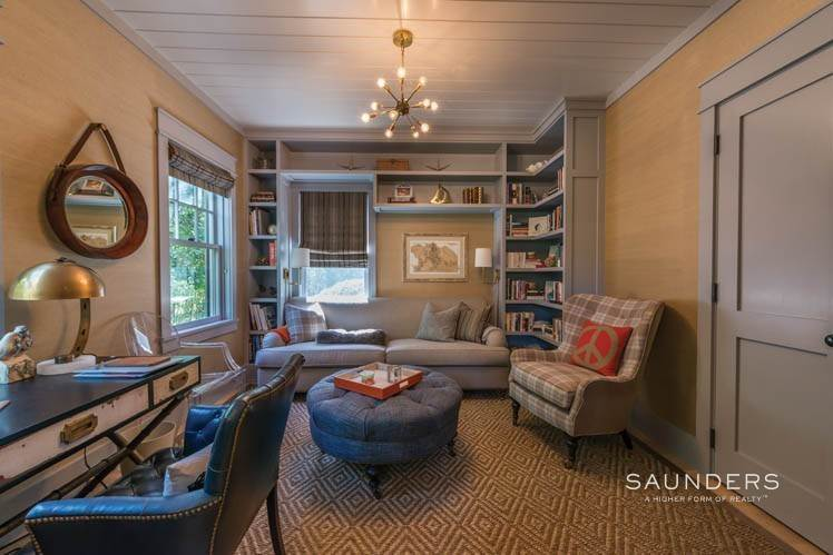 14. Single Family Homes at Magnificent Newer Home Close To Village And Water Sag Harbor, Southampton Town, NY 11963