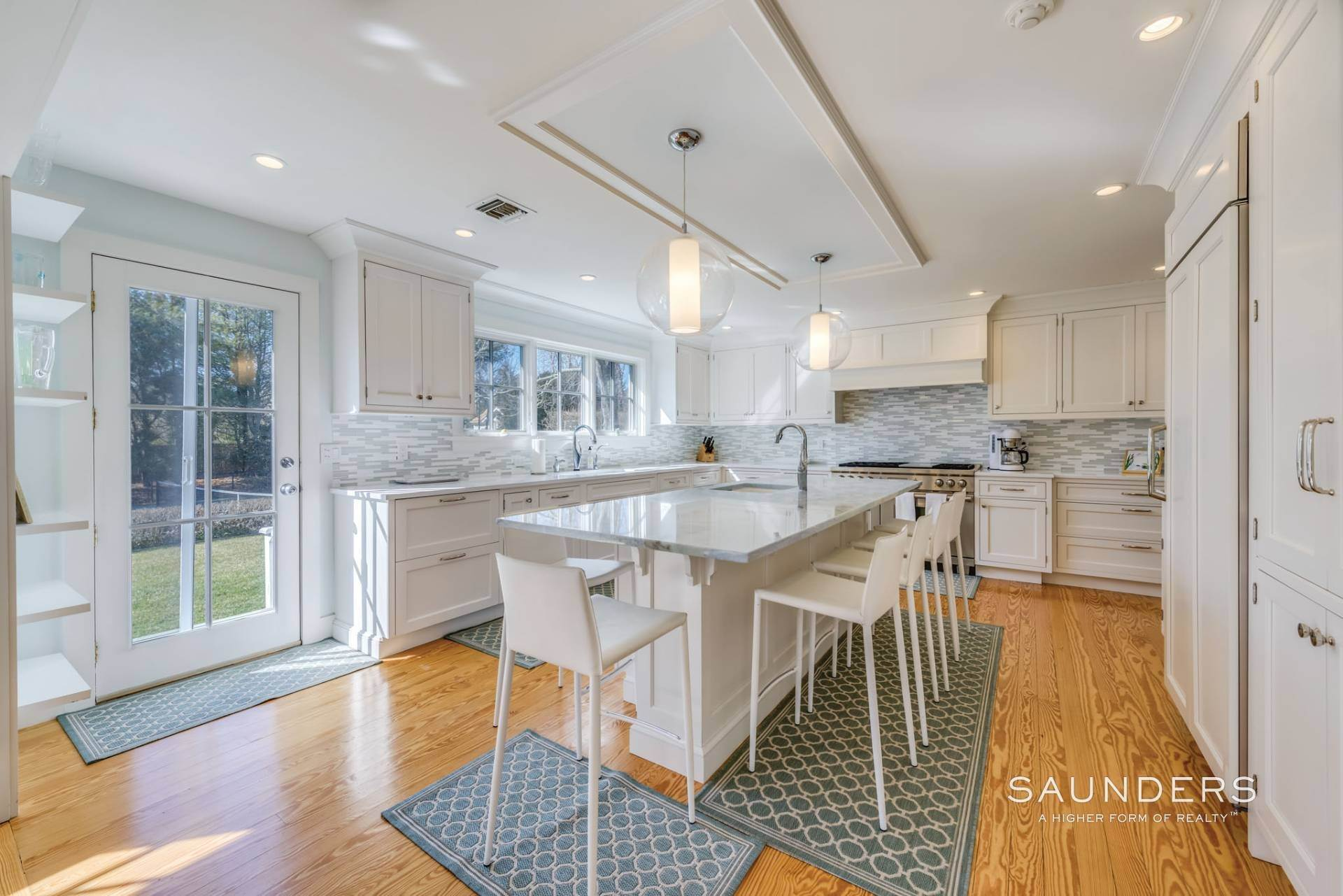 6. Single Family Homes at Pool And Tennis Southampton Village Southampton, Southampton Town, NY 11968