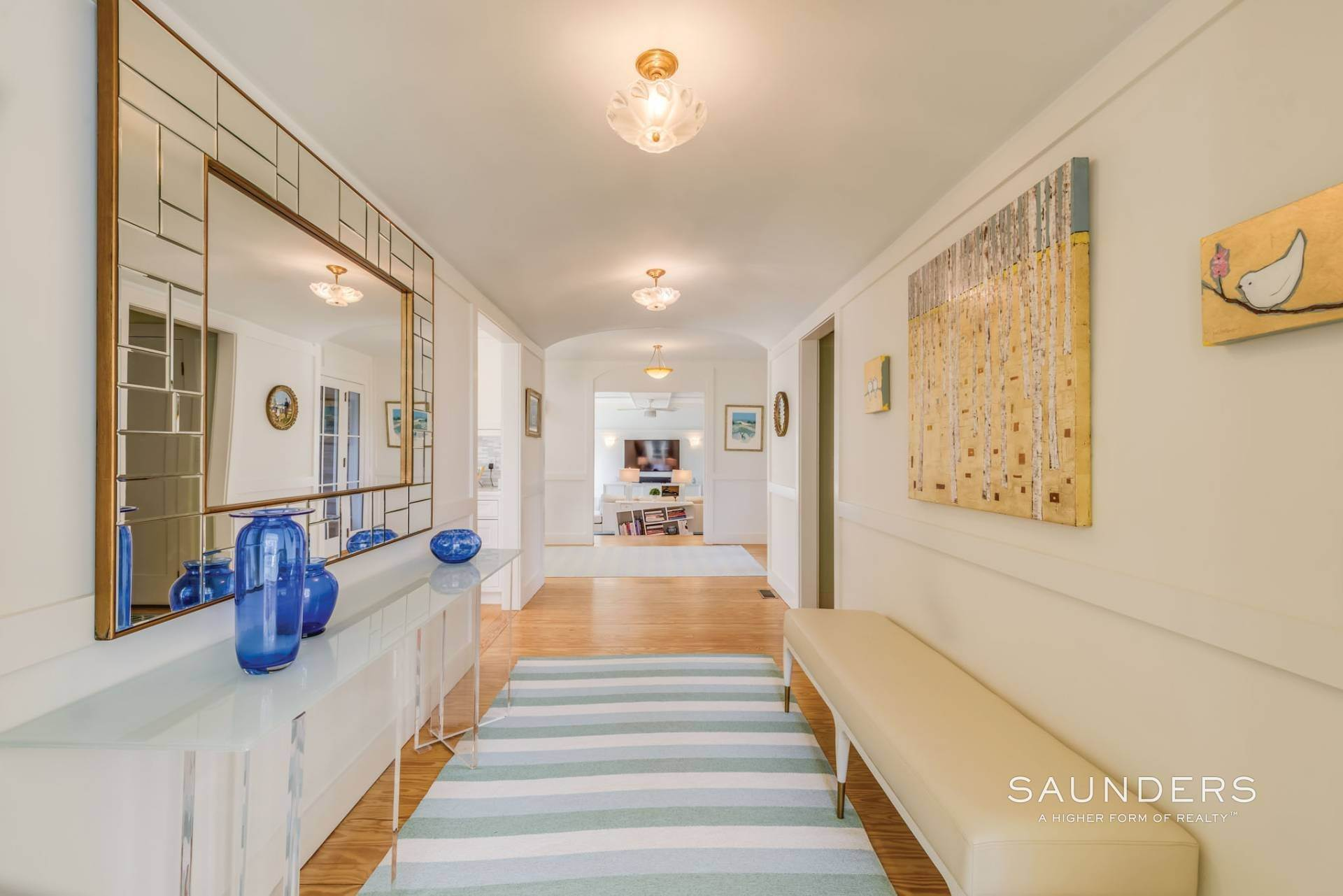 8. Single Family Homes at Pool And Tennis Southampton Village Southampton, Southampton Town, NY 11968