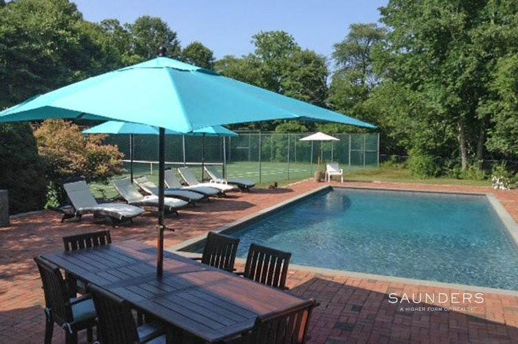 Single Family Homes at Summer Fun On Shelter Island With Pool And Tennis Shelter Island Heights, Shelter Island, NY 11964