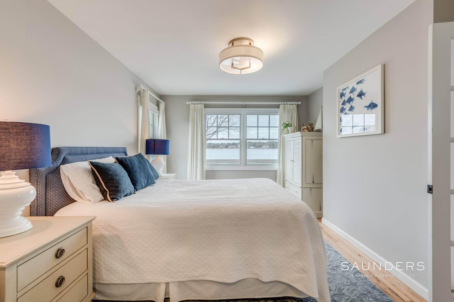 9. Single Family Homes at Spectacular Bay Views In Southampton Southampton, Southampton Town, NY 11968