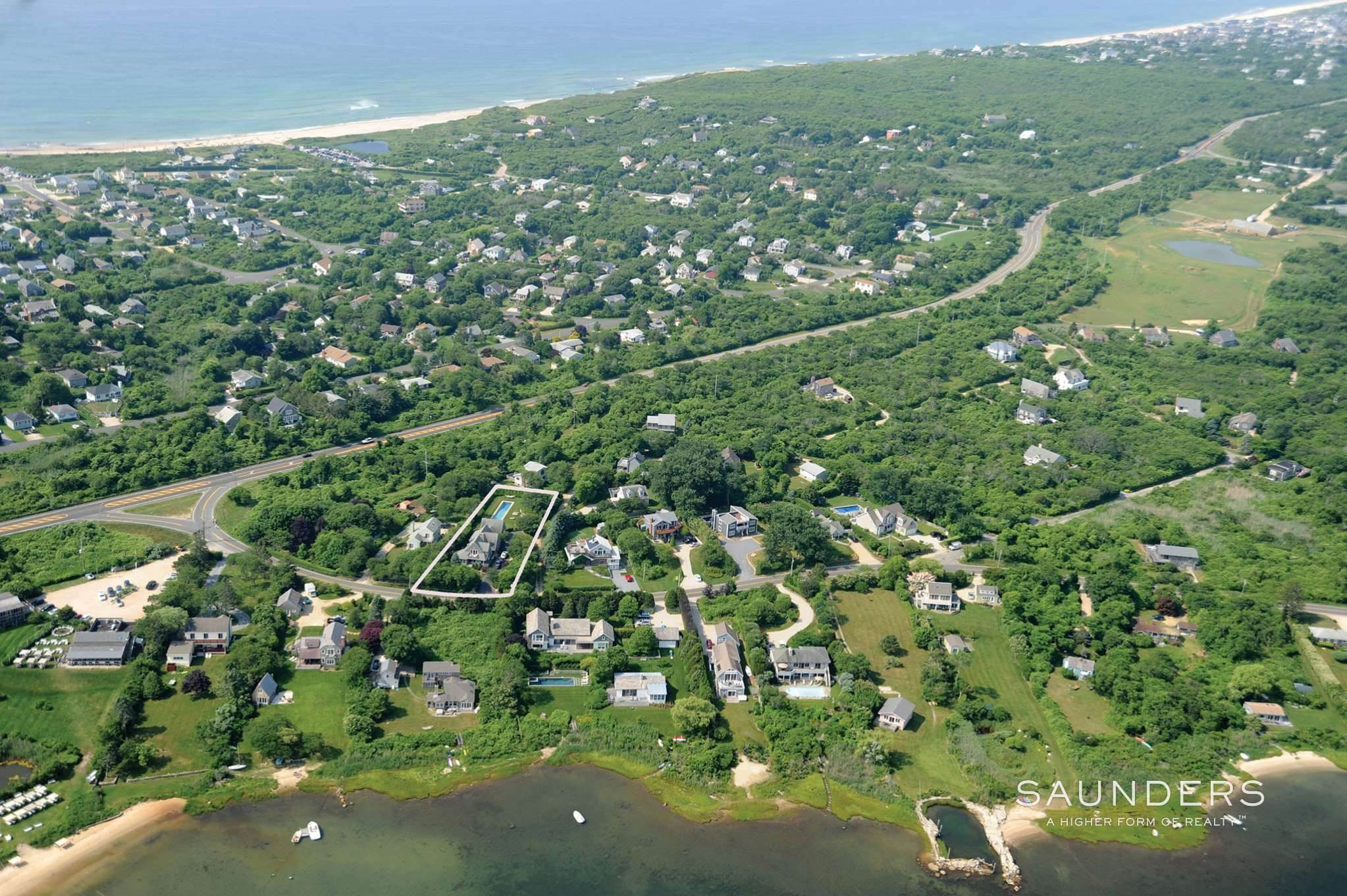 21. Single Family Homes at Montauk Beauty With Lake Views Montauk, East Hampton Town, NY 11954