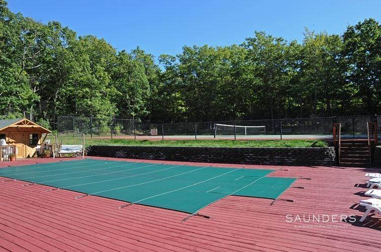 3. Single Family Homes for Sale at Sag Harbor Retreat With Pool And Tennis Sag Harbor, Southampton Town, NY 11963
