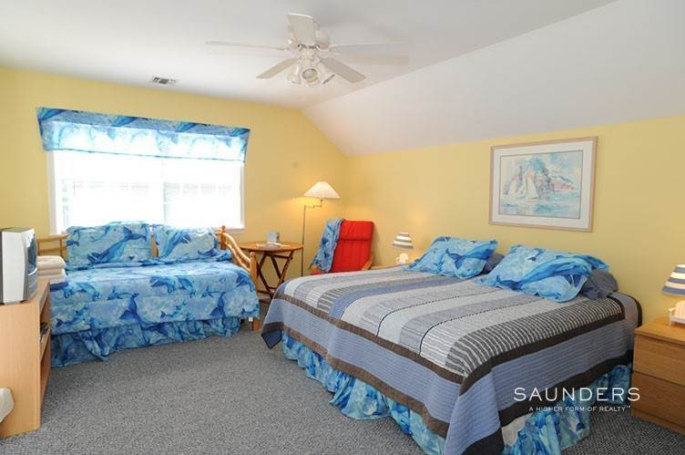 13. Single Family Homes for Sale at Sag Harbor Retreat With Pool And Tennis Sag Harbor, Southampton Town, NY 11963