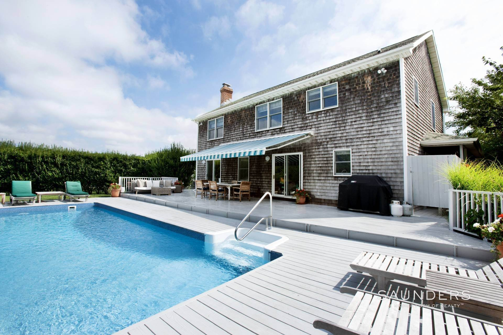 Single Family Homes at This Home Has It All Southampton, Southampton Town, NY 11968