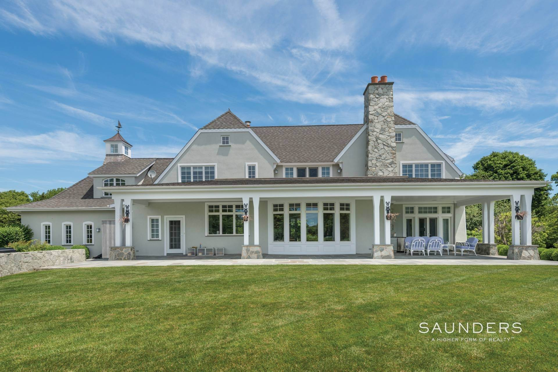 Single Family Homes at Hilltop Estate With Sunset Water Views 40 Barclay Drive, Sag Harbor, Southampton Town, NY 11963