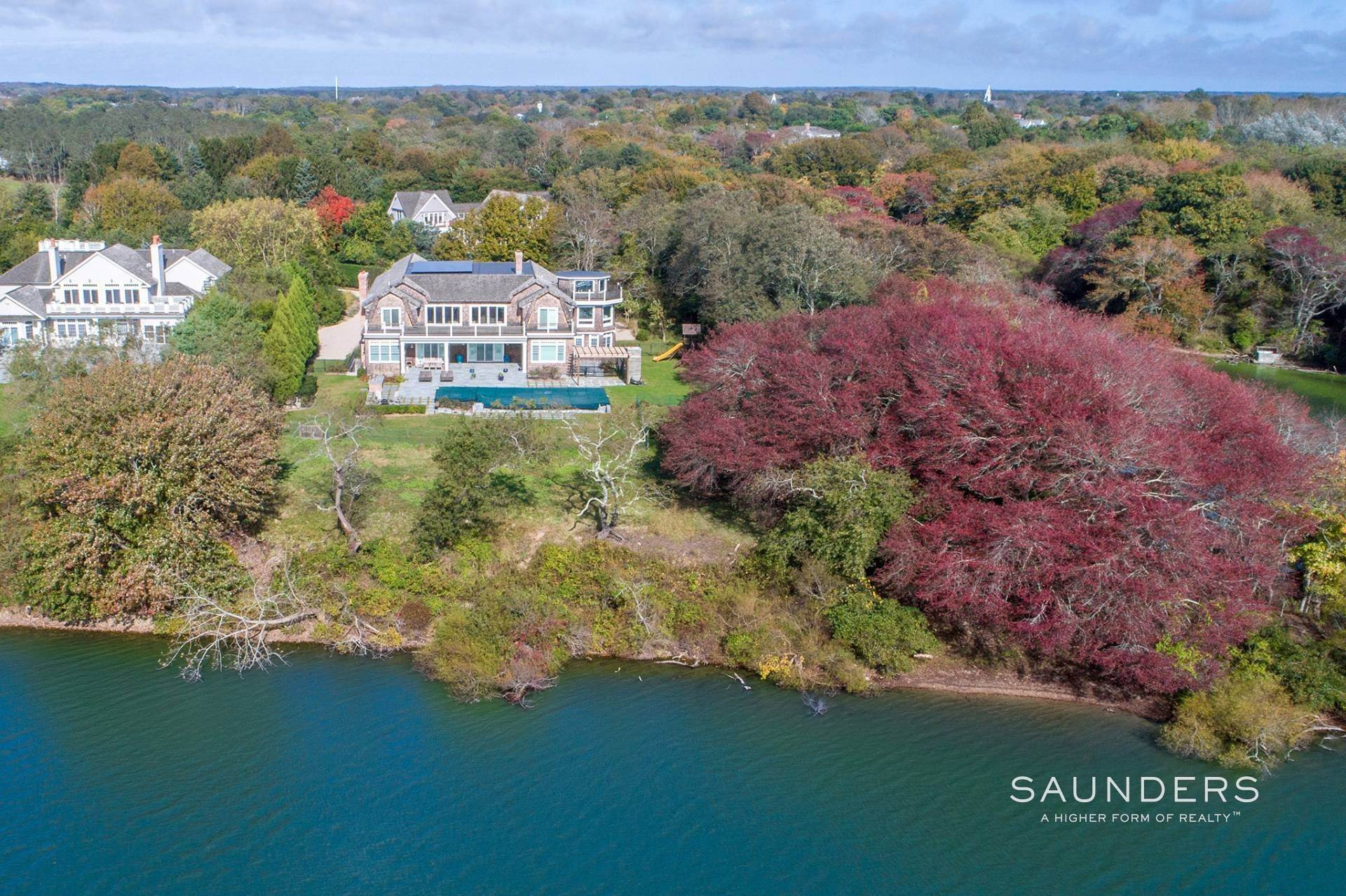 25. Single Family Homes at Designer's Own Waterfront Home - Bridgehampton South Bridgehampton, Southampton Town, NY 11932