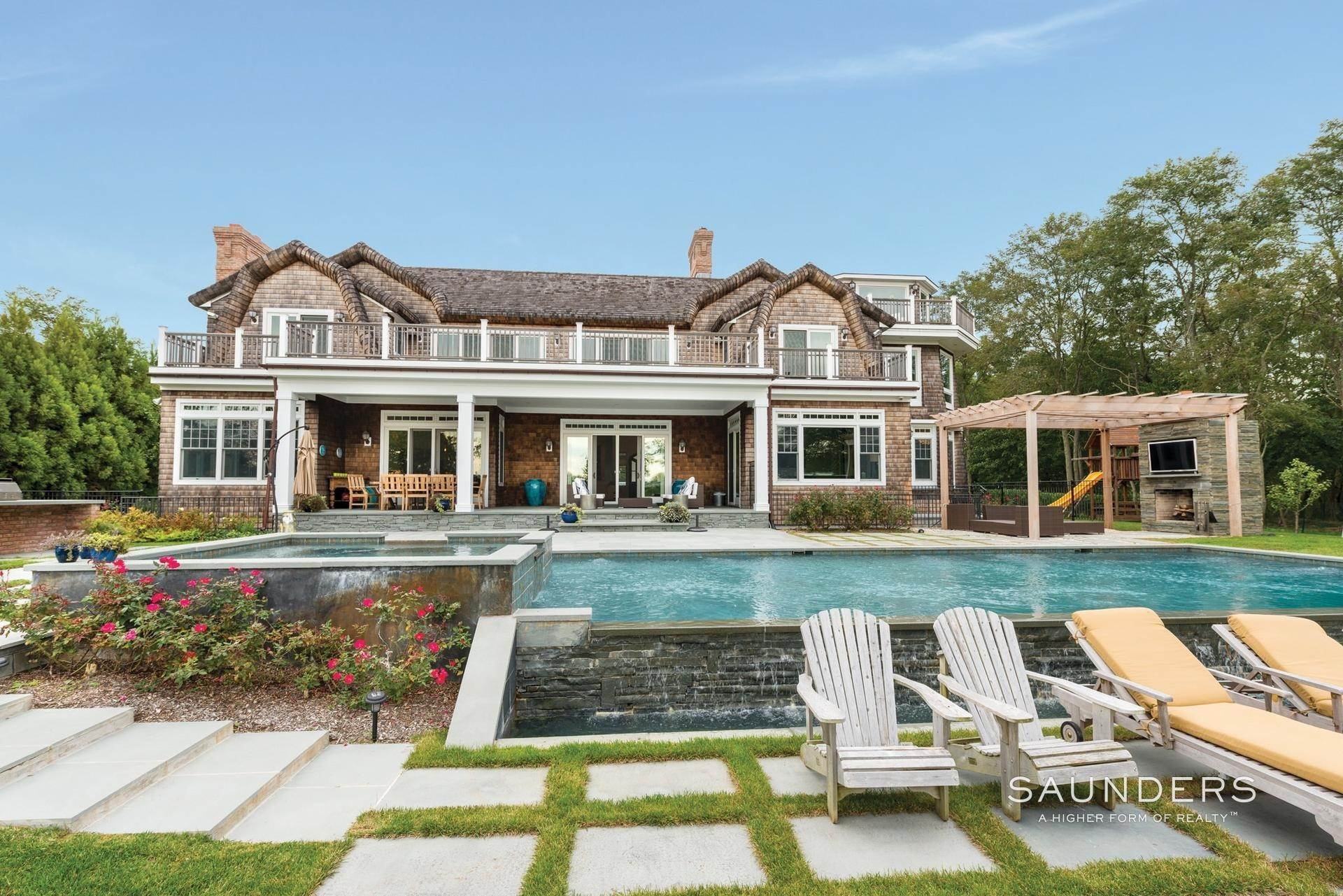 2. Single Family Homes at Designer's Own Waterfront Home - Bridgehampton South Bridgehampton, Southampton Town, NY 11932